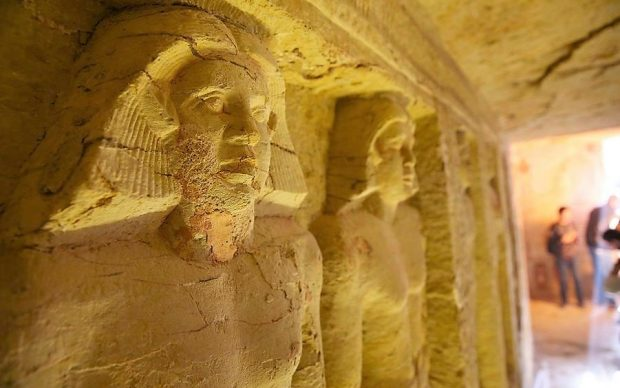 Tomba sacerdote scoperta Saqqara Egitto