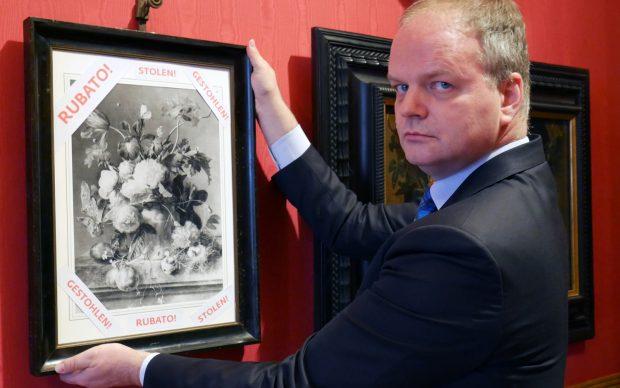 Uffizi Schmidt dipinto natura morta furto nazisti appello