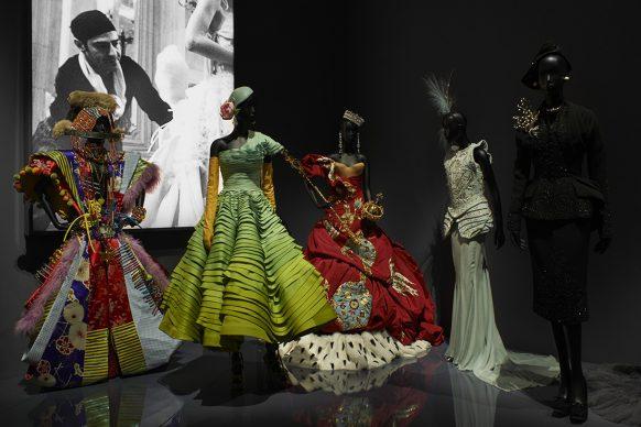 V&A, Christian Dior Designer of Dreams exhibition - Designers For Dior section (c) ADRIEN DIRAND