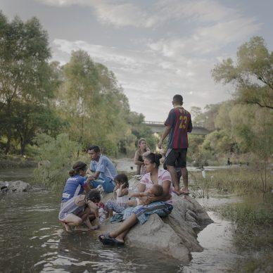 Pieter Ten Hoopen/Agence Vu/Civilian Act, Reportage sui migranti che cercano di raggiungere gli Stati Uniti, ottobre 2018.  World Press Photo Story of the Year - Shortlisted