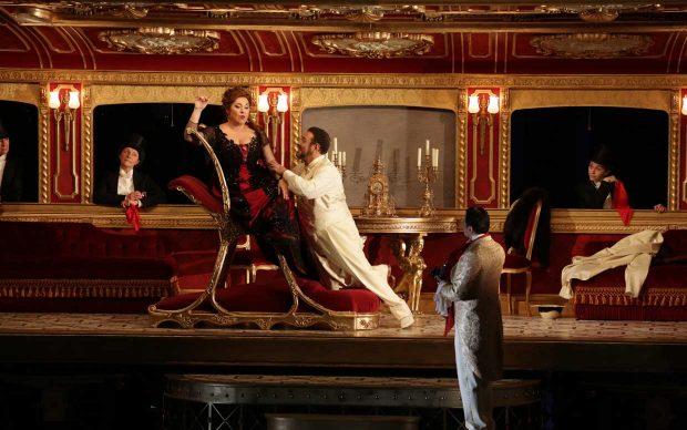 Maria José Siri e Carlo Lepore in Manon Lescaut di Giacomo Puccini, Teatro alla Scala di Milano.jpg