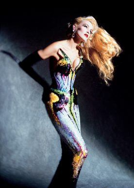 Dominique Issermann, Jerry Hall. Photo: © Dominique Issermann. Outfit: Thierry Mugler, Les Insectes collection, haute couture spring/summer 1997.