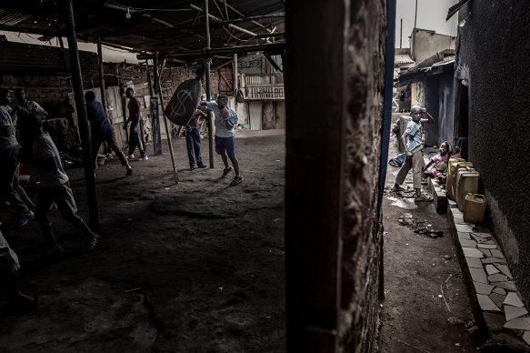 Boxing in Katanga © John T. Pedersen