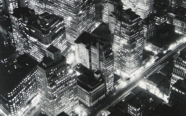 Berenice Abbott, Nightview, New York, 1932 ©Berenice Abbott/Getty Images