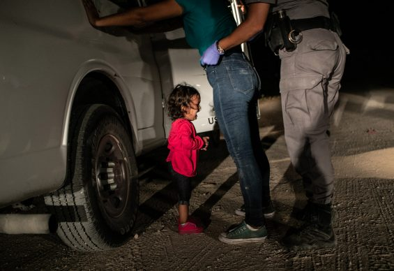 Crying Girl on the Border © John Moore, Getty Images