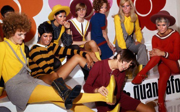 Mary Quant e le sue modelle al lancio della collezione di scarpe Quant Afoot, 1967 © PA Prints 2008