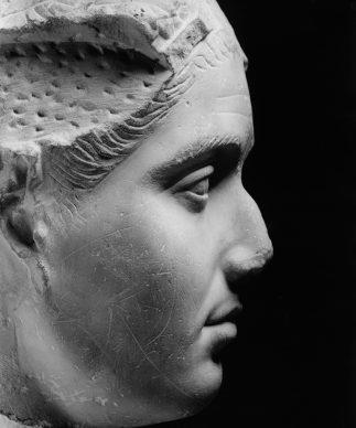 Luigi Spina, Volti di Roma ©luigispina - Ritratto femminile inv. MC 2689