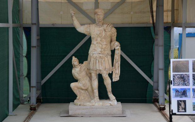Statua imperatore romano Traiano Turchia