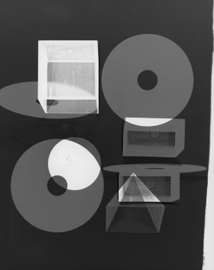 Doug Fogelson, Forms and Records No. 11, 2014, Fotogramm, Silbergelatinepapier, Courtesy Doug Fogelson © Doug Fogelson