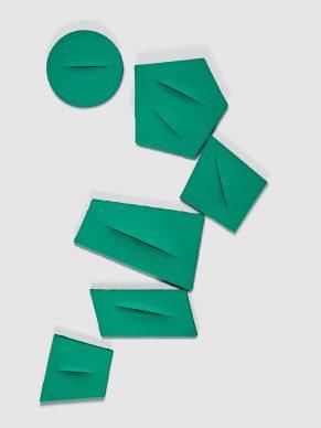 Lucio Fontana, Concetto spaziale, I Quanta, 1959, Private collection, Italy © Fondazione Lucio Fontana, Bilbao, 2019