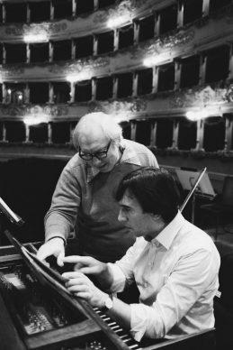 Isaac Stern, Claudio Abbado, prove, Teatro alla Scala 1977 © Lelli e Masotti / Lelli e Masotti Archivio
