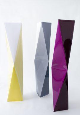Stefanie Seufert, Towers Option #2, Just Yellow, Atlas Grey, Dark Aubergine, 2016, Fotogramm / Farbpapier, Courtesy Stefanie Seufert © Stefanie Seufert
