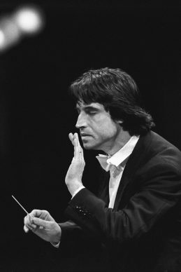 Riccardo Muti – Teatro alla Scala 1985 © Lelli e Masotti / Lelli e Masotti Archivio