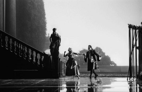 """""""Don Giovanni"""" di W. A. Mozart, regia di Giorgio Strehler, scene di Ezio Frigerio, costumi di Franca Squarciapino, Teatro alla Scala, Milano 1987 © Lelli e Masotti / Lelli e Masotti Archivio"""