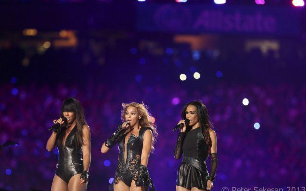 Destiny's Child live al SuperBowl, 2013, photo by Pete Sekesan via Flickr
