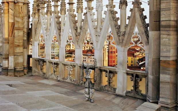 Liu Bolin Duomo di Milano 2010 Courtesy: Boxart, Verona