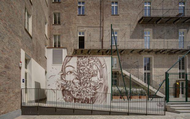 PixelPancho Quadrato Torino street art violenza sulle donne