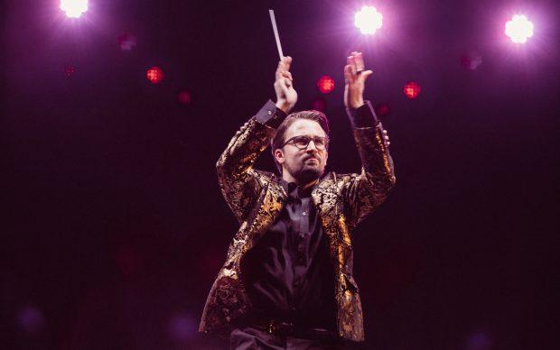 Simone Tonin, direttore d'orchestra della Gaga Symphony Orchestra, 2018_ph. Riccardo Carraro