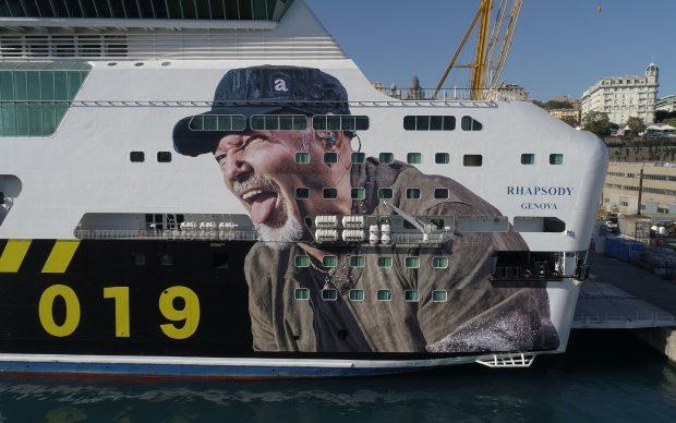 Vasco Rossi nave personalizzata Genova Sardegna tour 2019