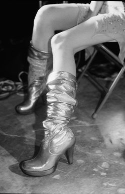 Just Loomis, Silver Boots, Los Angeles 2003 © Just Loomis