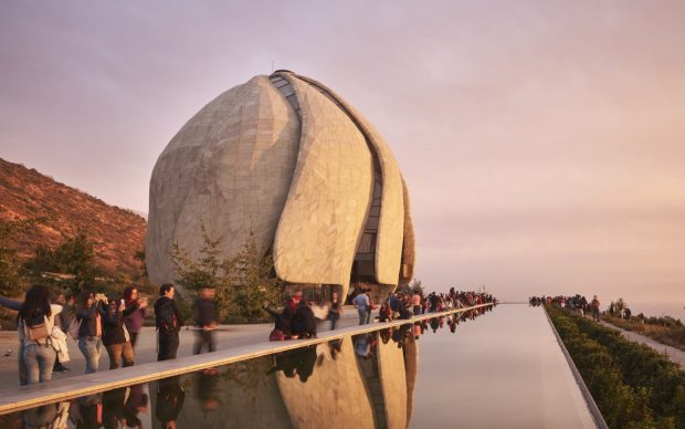 Hariri Pontarini Architects, Bahá'í Temple of South America, Temple with Reflecting Pool and Visitors Photo credit: doublespace photography