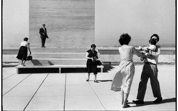 La terrasse du Corbusier (c) Agnès Varda, 1956