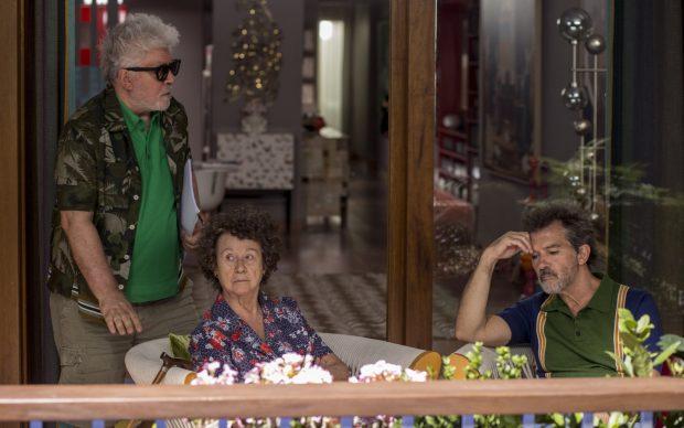 Sul set di DOLOR Y GLORIA (2019). Diretto da Pedro Almodóvar. Photo by Manolo Pavón, Courtesy El Deseo D.A. S.L.U