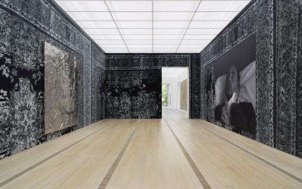 Rudolf Stingel. Installation view at Fondation Beyeler, Riehen Basilea 2019. Photo Stefan Altenburger