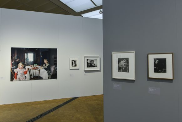 Installation view 'MIRRORS – The Reflected Self' © Museum Rietberg