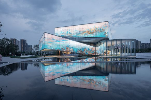 Exhibition Center of Shimao Shenzhen-Hong Kong International Center by W&R Group. Photo credit: © Lv LIN