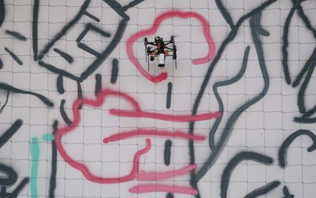 Carlo Ratti UFO Urban Flying Opera droni murale Torino