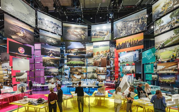 Bjarke Ingels Group, exhibition view della mostra FORMGIVING – An Architectural Future History from Big Bang to Singularity.Image by Rasmus Hjortshøj