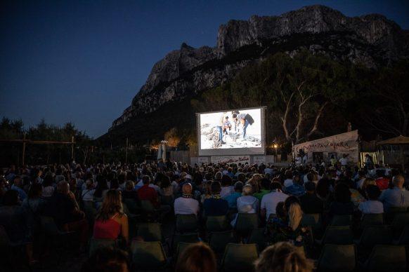 Una delle proiezioni del Festival di Tavolara 2019