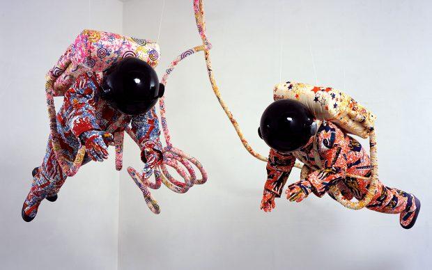 Yinka Shonibare CBE Spacewalk, 2002 Screen printed cotton fabric, fiberglass, plywood, vinyl, plastic, steel Stephen Friedman Gallery, London © Bildrecht, Vienna, 2019