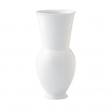 Marguerite Friedländer-Wildenhain, Vase Halle 1, 1931, porcelain, 25,7x12,1 cm.  Courtesy KPM Berlin