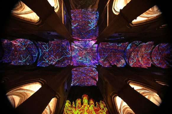 Miguel CHEVALIER, Digital Supernova, 2019, generative virtual reality installation - Creation IN SITU 2019 for Notre-Dame Cathedral in Rodez © Miguel Chevalier