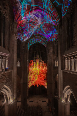 Miguel CHEVALIER, Digital Supernova, 2019, generative virtual reality installation – Creation IN SITU 2019 for Notre-Dame Cathedral in Rodez © Miguel Chevalier