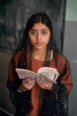 Steve McCurry, Kunduz, Afghanistan, 2002 © Steve McCurry
