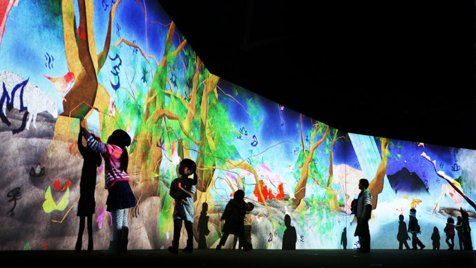 Story of the Time when Gods were Everywhere. Credit to teamLab