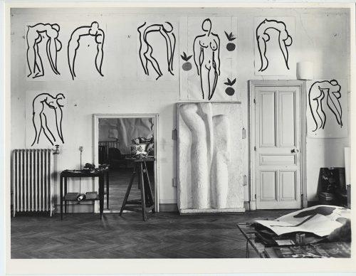 Atelier di Matisse nell'allora Hôtel Regina di Cimiez, presso Nizza, 1953. Archives Henri Matisse, Issy-les-Moulineaux © Succession Henri Matisse/ 2019 ProLitteris, Zurich