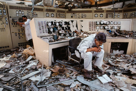 Steve McCurry, Kuwait City, Kuwait, 1991 © Steve McCurry