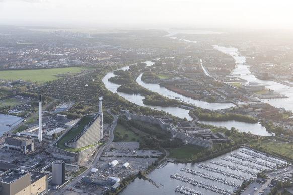 Bjarke Ingels Group, CopenHilll - Amager Bakke, Copenhagen. Photo Laurian Ghinitoiu