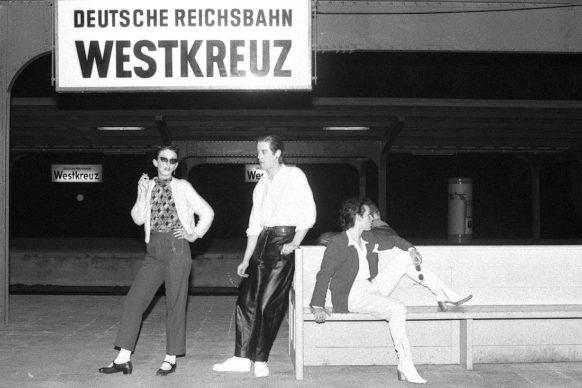Aus den Zug warten, 1978 © Esther Friedman 2019