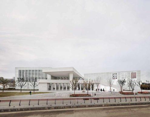 David Chipperfield Architects, West Bund Museum Shanghai. East elevation © Simon Menges