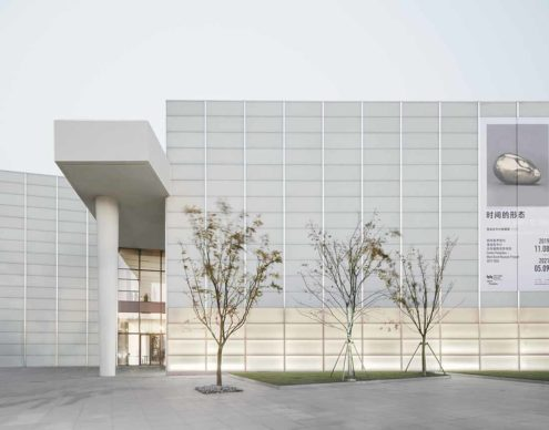 David Chipperfield Architects, West Bund Museum Shanghai. Entrance from the street © Simon Menges