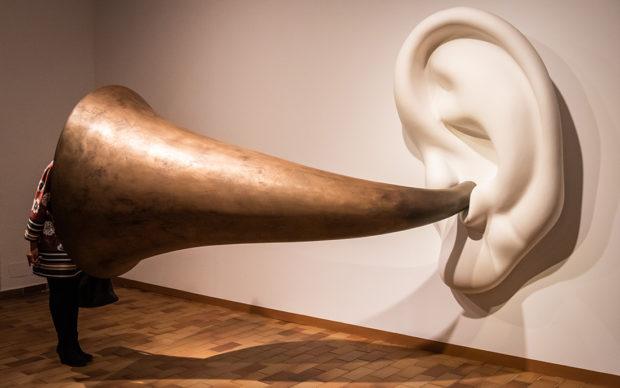 Art Sonor. Àmbit 5 John Baldessari. Beethoven's Trumpet (With Ear) Opus133, 2007. Foto Pep Herrero