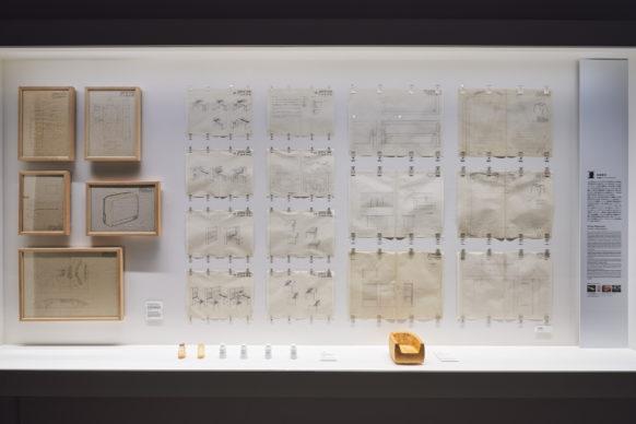 """Vista dell'allestimento della mostra """"Secret Source of Inspiration: Designers' Hidden Sketches and Mockup"""" ‒ I progetti di Tetsuo Matsumoto. Photo Masaya Yoshimura"""