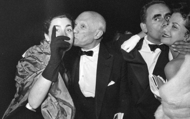 Picasso, Jacqueline, film director Henri-Georges Clouzot and his wife Vera attending the showing of Le mystère Picasso. Cannes Film Festival 1956. Photo Edward Quinn, © edwardquinn.com