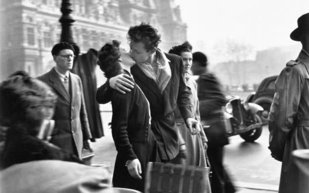 Robert Doisneau, Le baiser de l'hôtel de ville, Paris 1950 © Atelier Robert Doisneau