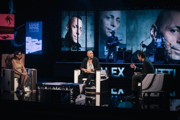 Alex Britti, ospite dell'ottava puntata di Luce Social Club